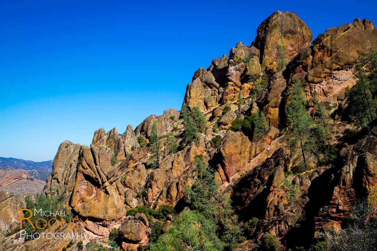 pinnacles national park rocks