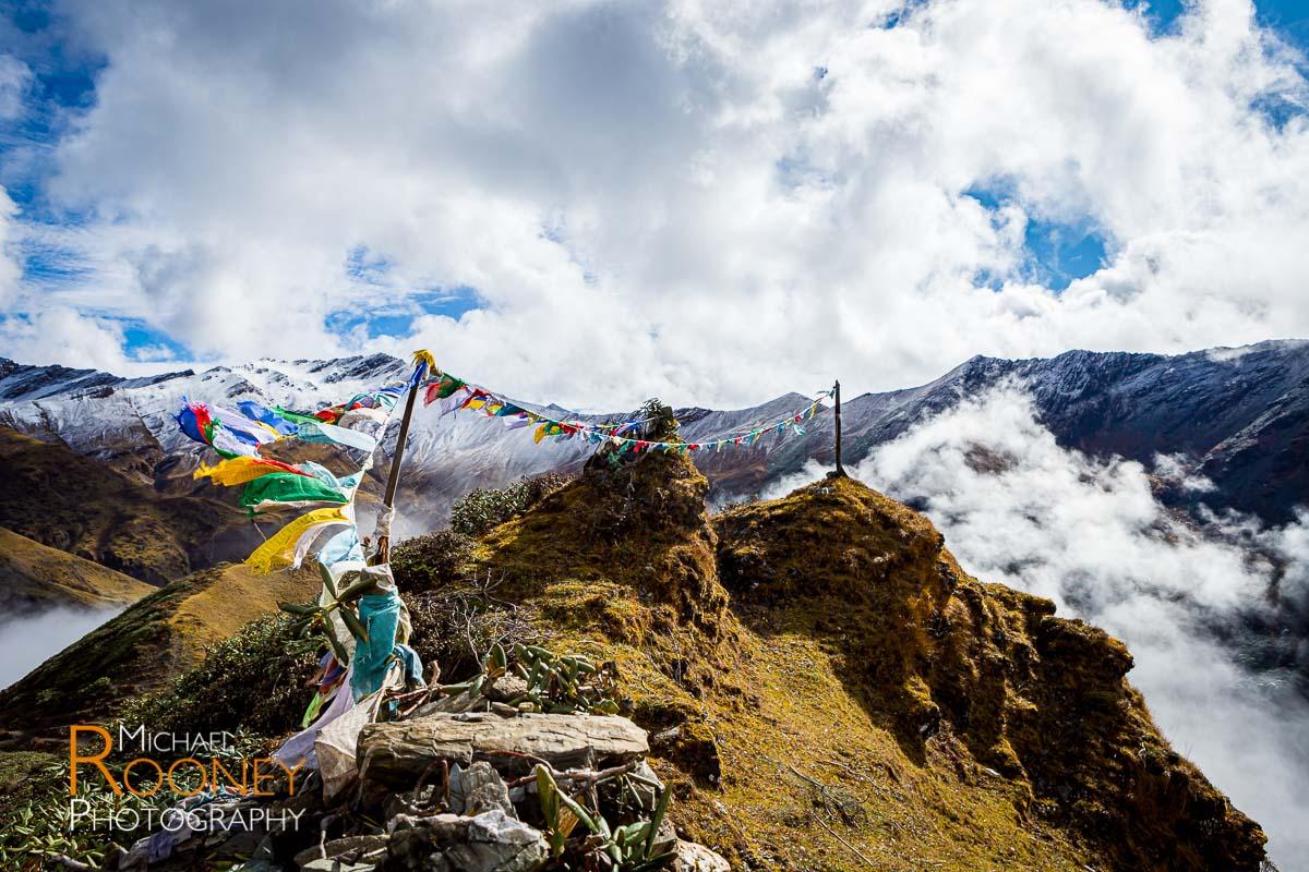 pass mountains wind breeze pray flags thombu la bhutan