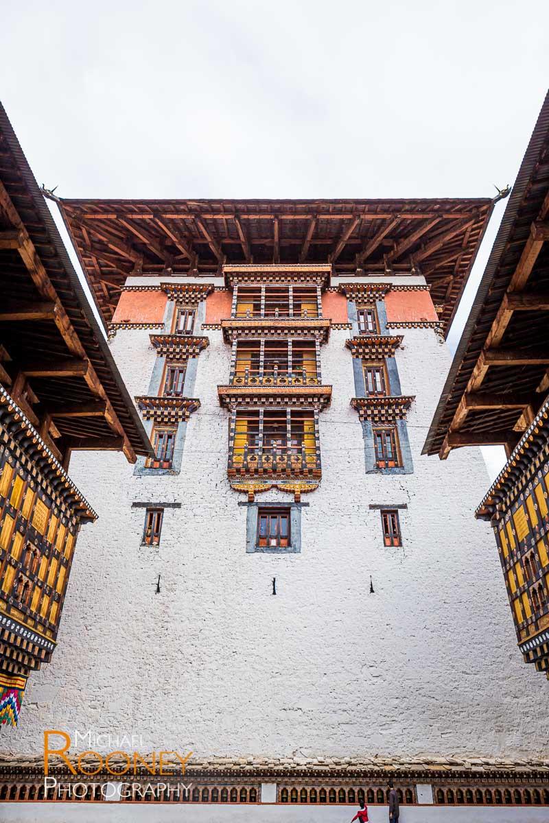 rinpung dzong fort fortress government paro bhutan buddhist prayer landmark