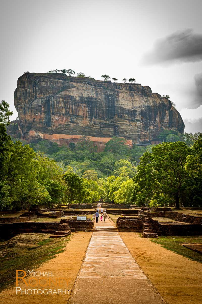 entrance sigiriya fortress rock sri lanka