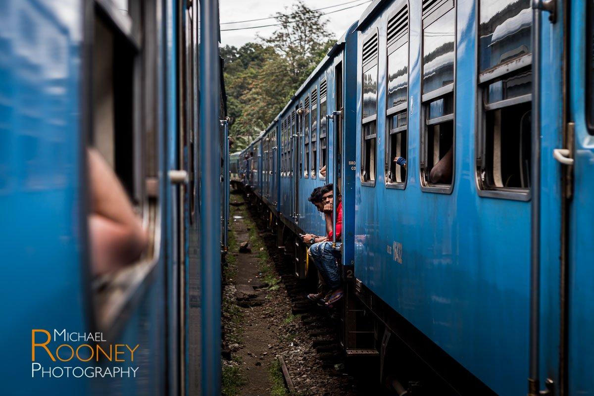 passing trains ella sri lanka